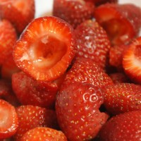 Frugal Foodie: Easy Strawberry Jam Canning Recipe