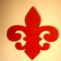 DIY Spray Paint Project: Chipboard Decor ~ Fleur De Lis