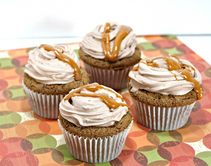 Chocolate Spiced Cupcake w/ Chocolate Cool Whip Frosting & Cinnamon Butterscotch Drizzle #CoolWhipFrosting