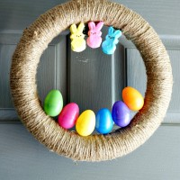 DIY Easter Wreath w/ Easter Eggs & Peeps