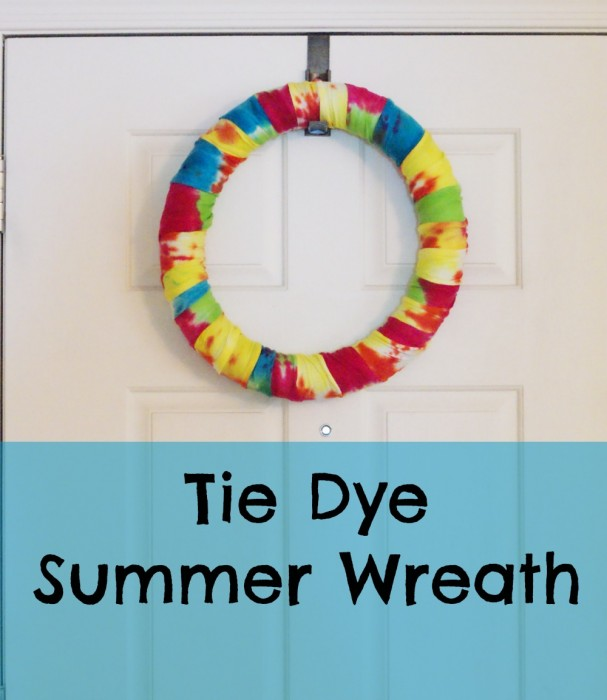 How to tie dye a wreath for the Summer