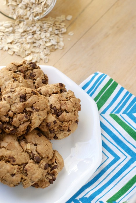 Chocolate Chip Oatmeal Cookies w/ Olive Oil