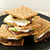 Cinnamon Apple S'mores Recipe