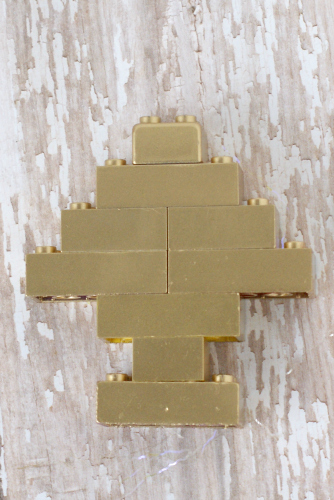 Spray paint Legos gold to make a Lego Christmas Tree