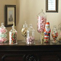 Christmas Candy Mantle