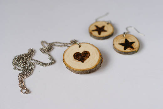 DIY Wood Slice Jewelry