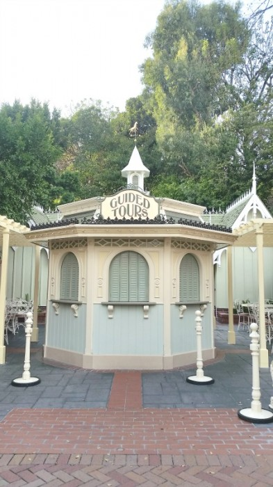 Disneyland Guided Tours