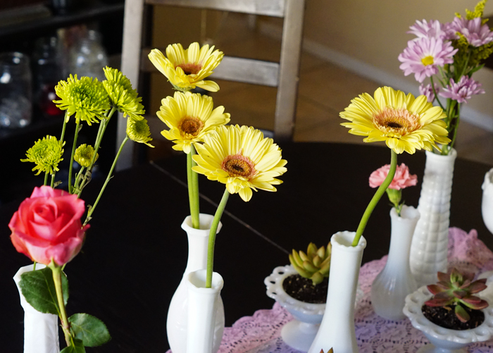 Easy Spring Flower Centerpiece