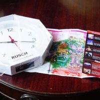 Turn your Disney maps into a Clock!