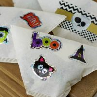Coffee Filter Halloween Treat Bags + Non Candy Halloween Ideas