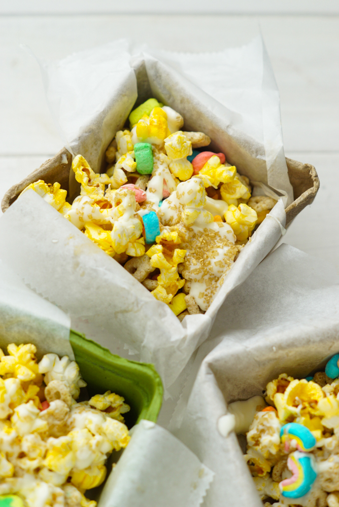 St Patrick S Day Lucky Charms Snack Mix Recipe Clever